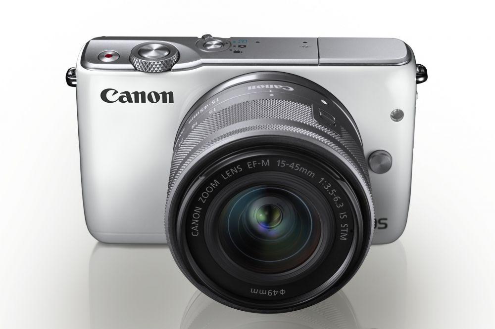 Canon EOS M10 + EF-M 15-45mm / 3.5-6.3 IS STM (fehér)