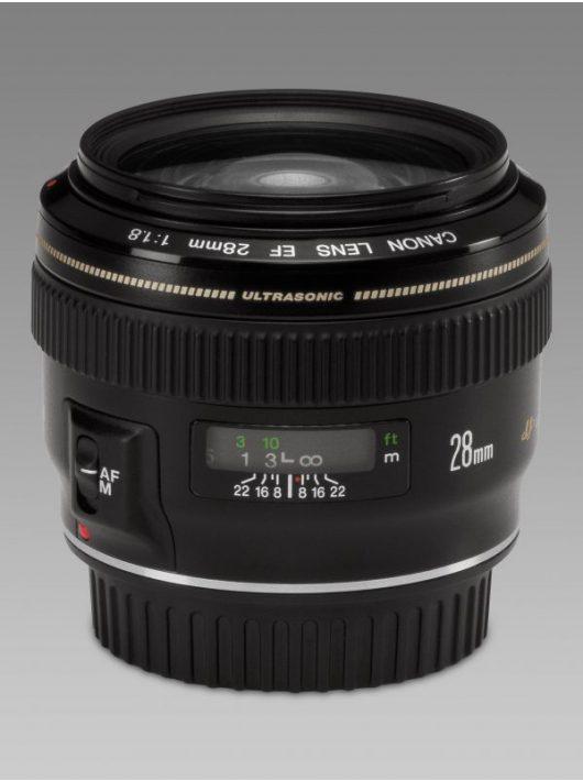 Canon EF 28mm / 1.8 USM
