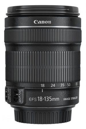 Canon EF-S 18-135mm / 3.5-5.6 IS STM
