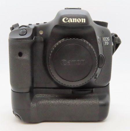 Canon EOS 7D váz + Canon BG-E7 markolat - Használt